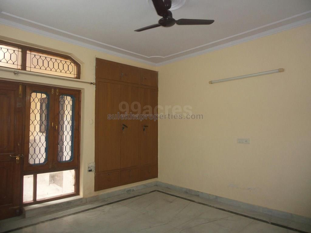 2 bhk independent house for rent in sector 21 noida, noida - 1000